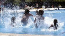 Atendidos por intoxicación de cloro en una piscina 48 niños de entre 5 y 11 años