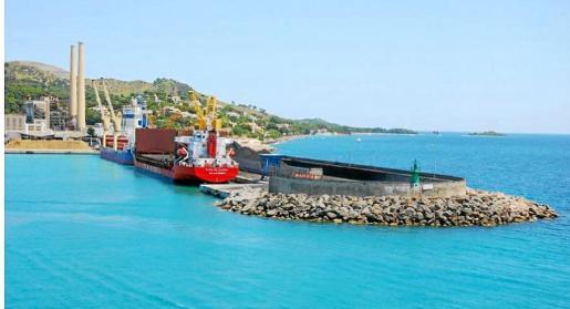 La nueva instalación se ubicaría en el muelle de ribera de la zona comercial del puerto para facilitar la carga y descarga.