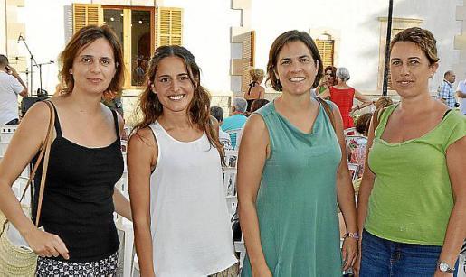 Maria Obrador, Clara Rul·làn, Catalina Obrador y Maria Adrover.