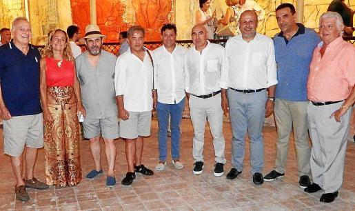 Vicenç Sastre, Francisca Martí, Lluís López, Salvador Martínez, Oscar Mayol, Joan Bennàssar, Miquel Ensenyat, Jaume Servera y Lino Escarxell.