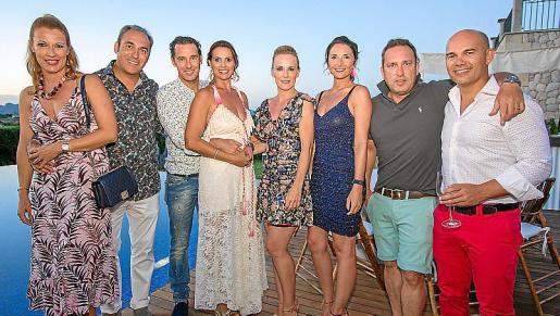 Antònia María Viver, Tolo Fiol, Jaume Viver, Ana Moragues, Margarita Bibiloni, Mia Plomer, Nacho Sánchez y Toni Marqués.