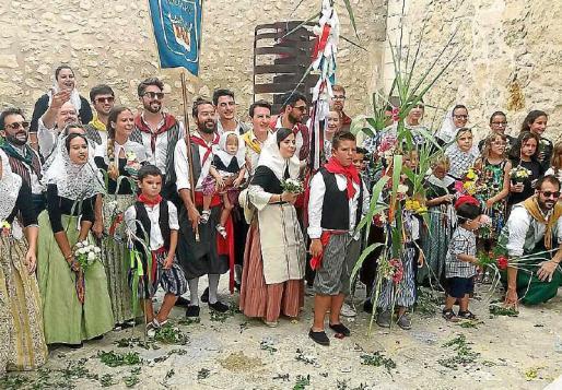 La fiesta del Fadrí Major se recuperó en el año 1982 gracias a la vecina Margalida Martorell.
