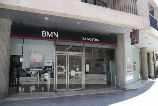 Los clientes de Bankia y BMN podrán utilizar gratis su red de cajeros desde este martes.