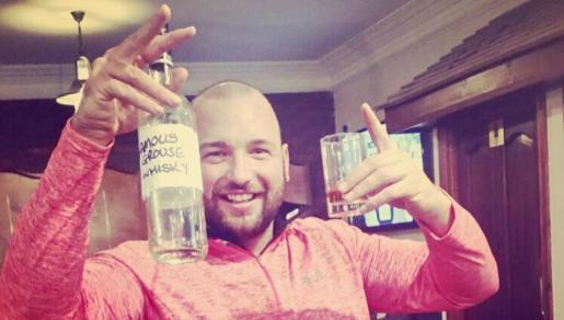 La imagen de Gareth disfrutando de su improvisado viaje a Ibiza se ha viralizado.