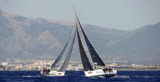 Embarcaciones en una anterior edición de la Copa del Rey Mapfre de Vela en aguas de la Bahía de Palma.