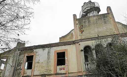 La vieja fábrica de tapices de Can Morató está catalogada.