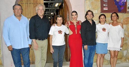 Ramón Servalls, Bernd Jogalla, Carme Serra, Trinidad Montero, Pablo Mielgo, Paula Serra y Tonina Bestard.