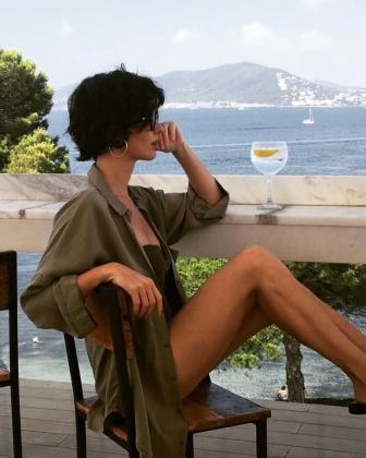 Paz Vega publica fotos de sus vacaciones en Ibiza.