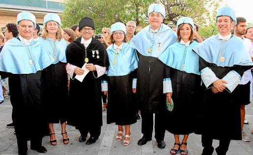 Joan Lluís Llinàs, María Antonia Fornés, Llorenç Huguet, Joana Maria Seguí, Miguel Deyá, Francisca Lladó y Miguel Ángel Capellá.