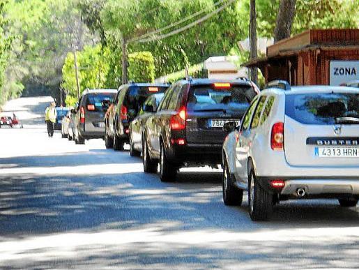 Alternativa denuncia desde hace años el aparcamiento de Formentor.