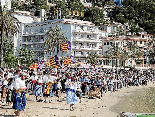 La supuesta agresión se produjo tras la batalla de la fiesta de Moros i Cristians en la playa d'en Repic, de Sóller.