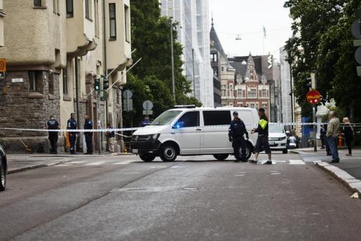 La policía en el lugar del atropello.