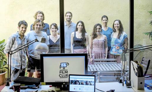 El equipo de Filmclub posó en su sede de Barcelona conmotivo de este reportaje.