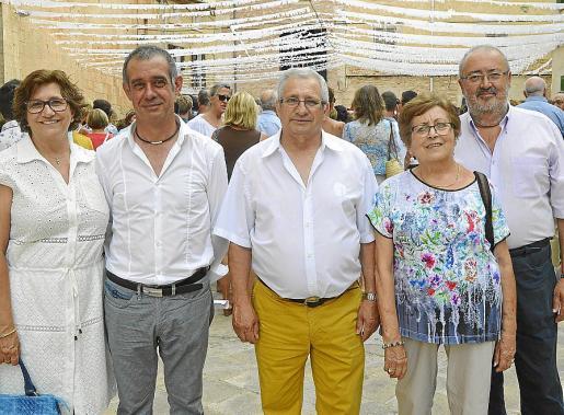 Joana Balaguer, Joan Oliver, Jaume Balaguer, Micaela Trobat y Antoni Trobat.