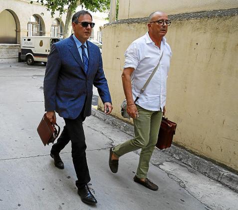 El juez Manuel Penalva y el fiscal Miguel Ángel Subirán.