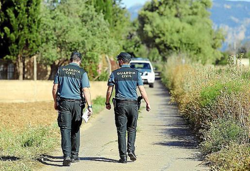 La Guardia Civil practicó la detención del hombre.