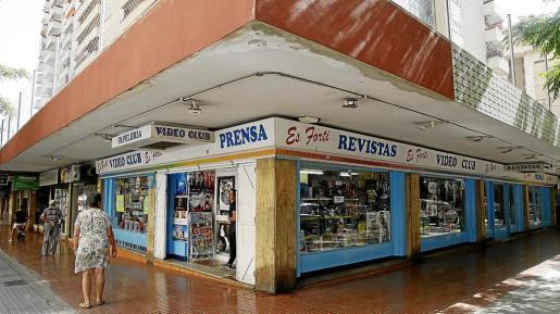 El videoclub está situado en los bajos de la torre Madrid.