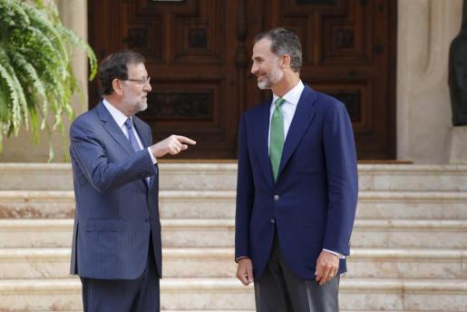 El Rey y Mariano Rajoy se reunieron por última vez en Marivent en 2015.