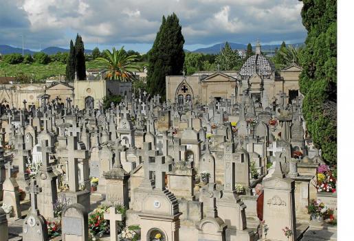 Imagen de archivo del cementerio de Palma, donde ocurrieron los hechos en el año 2006.