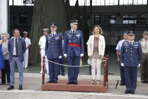 El general jefe del Mando Aéreo General, general de División, José Alfonso Otero, ha presidido este jueves en la base aérea de Son Sant Joan el acto de relevo de mando de la Jefatura del Sector Aéreo de Palma de Mallorca.