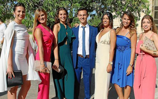 Albina Gil, Marta Coll, Irene Pérez, Daniel Santiago, Cristina Andrés, Sandra Soler y Aina Monserrat.