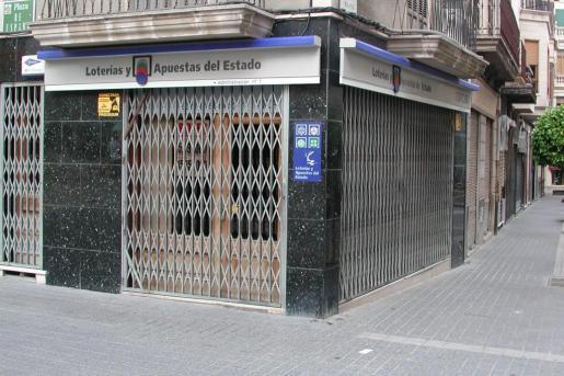 Dos boletos de lotería Primitiva sellados en Mallorca han acertado cinco números y el complementario (2ª categoría) y recibirán 39.607 euros cada uno.