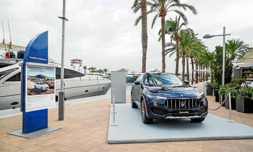 Puerto Portals es uno de los dos puntos elegidos por Maserati para promocionar su gama.