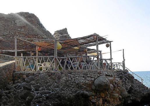 Imagen de la terraza en Cala Estellencs.
