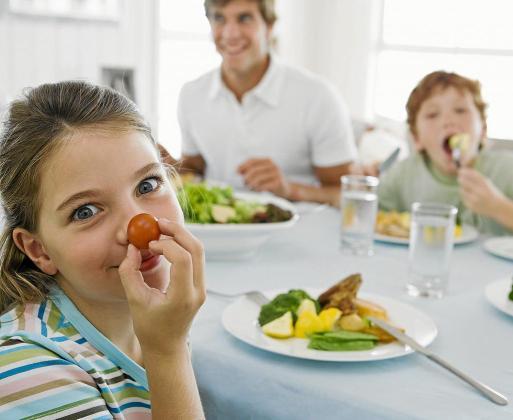 Consejos para cuidar los alimentos durante el verano con el calor.
