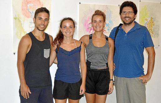 Arnau Pérez, Aina Canela, Marina Salom y Fran Bravo.