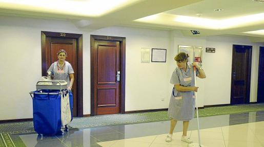 El convenio de hostelería de Balears es uno de los más significativos dado que engloba al mayor número de trabajadores. Además de todos los empleados de hotel, también incluye los sectores de restauración, bares, cafeterías y salas de fiestas.