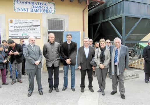 Albert Moragues, Ramon Socias, Josep Ll. Colom, Jaume Orell, Mª Lluisa Dbón y Pere A. Serra.