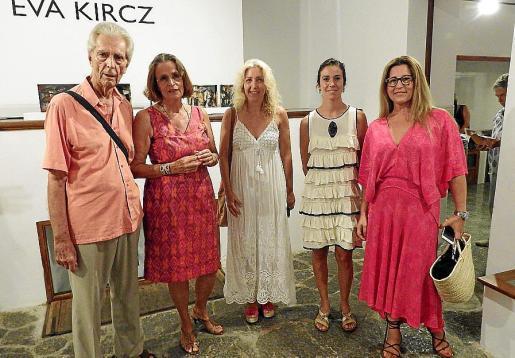 Anthony Núñez, Eva Kircz, Aina Pastor, Antònia Maria Miró y Anabel Lorca.