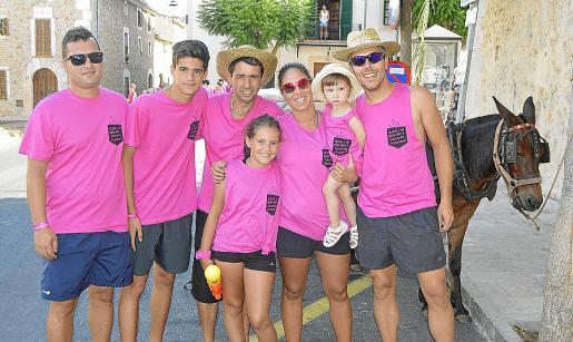 Bernat Munar, Marc Santisteban, Pep Ramis, Laura Santisteban, Cristina Ruiz, Clara Ruiz y Sergi Ruiz.