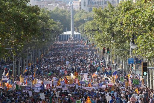 Medio millón de personas ha participado en la manifestación contra el terrorismo.