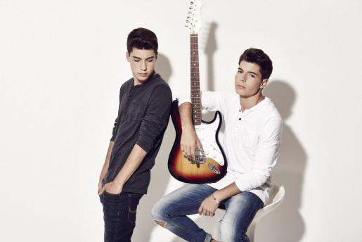 Los hermanos Jesús y Daniel Oviedo forman el dúo Gemeliers.