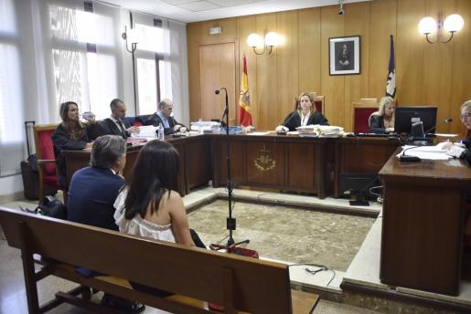 Momento del juicio celebrado por la grabación de parte de la declaración de la infanta Cristina en fase de instrucción ante el juez Castro.