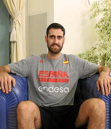 El 'inquer' Joan Sastre posa para este diario en el hotel de concentración de la selección española.