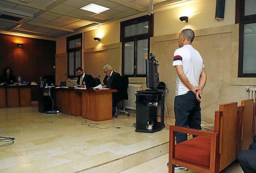 El acusado en el juicio celebrado en la Audiencia Provincial.
