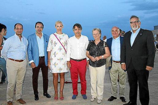 Jaume Ponsetí, Juanma Gómez, Eva Pomar, Xavier Pericay, Catalina Serra, Francisco Martorell y Josep Lluís Bauzá.