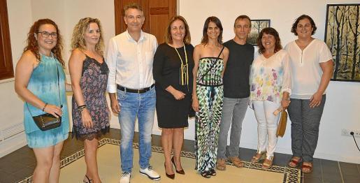 Marga Bonet, Magdalena Crespí, Nicolau Canyelles, Fanny Tur, Angela Colomar, Bartomeu Pons, Magdalena Borràs y Victoria Pons.