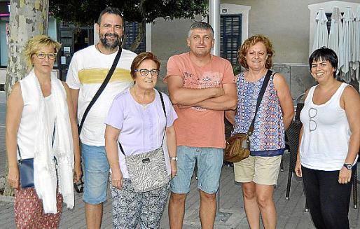 Francisca Bergas, Miquel Morey, Francisca Oliver, Beneta Bunyola, Eulalia Ferriol y Pere Bunyola.