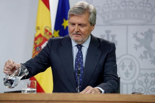 El ministro de Cultura y portavoz del Gobierno, Íñigo Méndez de Vigo, durante la rueda de prensa tras la reunión del Consejo de Ministros.