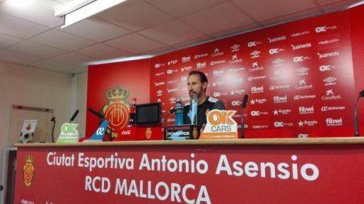 El técnico del Real Mallorca en rueda de prensa