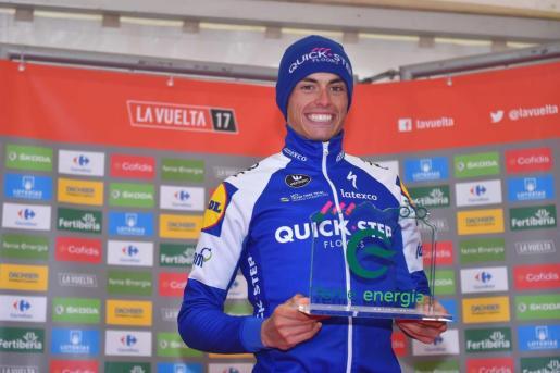 El 'artanenc' Enric Mas, en el podio de la prueba celebrada en Angliru.