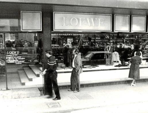 Vista exterior de la primera tienda Loewe en Palma, ubicada en el Passeig del Born desde 1954 hasta 1998.