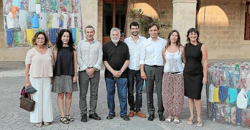 Joana Maria Seguí, Catalina Canals, Rafel Creus, Joan Lacomba, Pere Lacomba, Francesc Miralles, Neus Truyols y Cati Vallespir.