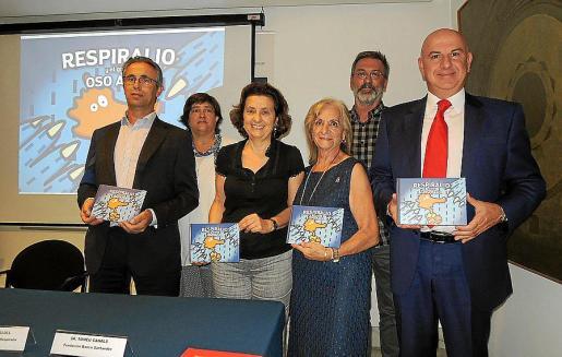 Rafael Torra, Paz Arizti, Fina Santiago, Teresa Llull, Juan Roig y Tomeu Canals.