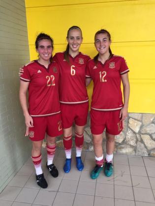 Mariona Caldentey, Virginia Torrecilla y Patricia Guijarro, jugadoras mallorquinas de la Selección Española.