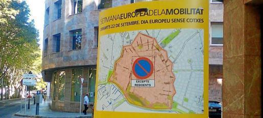 El próximo viernes estará prohibido aparcar en toda la zona ORA de 8.00 a 20.00 horas.